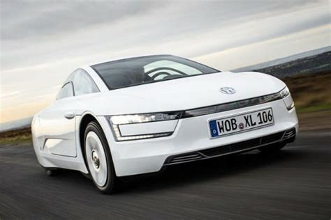 Fuel Efficient Supercars by See The 2015 Volkswagen Xl1 Supercar Designed To Be