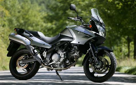 suzuki dl vstrom wypozyczalnia motocykli  krakowie