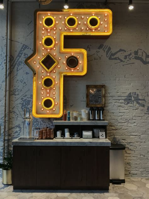 Fairgrounds coffee & tea is now open at 916 e. Chicago's Fairgrounds Coffee & Tea opens North Loop café ...