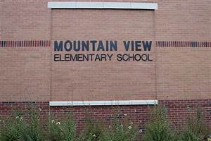 CCSD Staff Cut Ribbon on New Mountain View Elementary ...