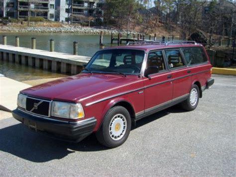buy   volvo  dl wagon  miles  speed manuel