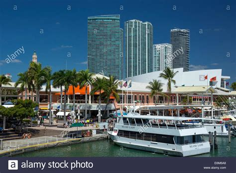 Bayside Boat by Tour Boat Quay Bayside Marketplace Marina Downtown Miami