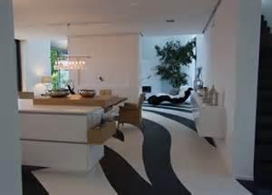 kche mit kochinsel und tisch küche schreiner küchen münchen möbel tisch individuell küchenarbeitsplatten hochglanzfronten