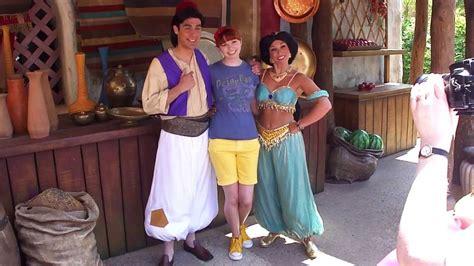 Meeting Jasmine and Aladdin [Disneyland Paris]   YouTube