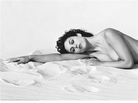Largest Nude Celebrities Archive Monica Bellucci Fully