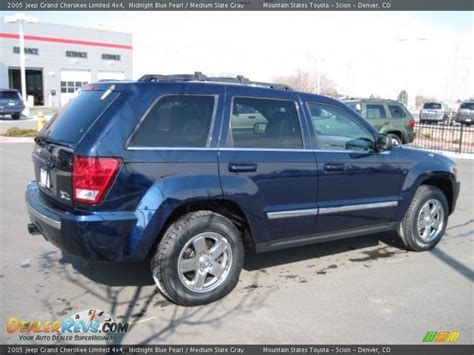 2005 grey jeep grand cherokee 2005 jeep grand cherokee limited 4x4 midnight blue pearl