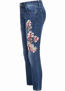 Jeans Mit Strass Und Perlen : hailys damen 7 8 jeans hose blumen patch perlen strass knitter optik blau denim 77onlineshop ~ Frokenaadalensverden.com Haus und Dekorationen