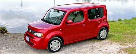 2010 Nissan Cube Compact Sedan Review