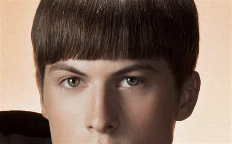 create mens bowl cut hairstyle   fancy
