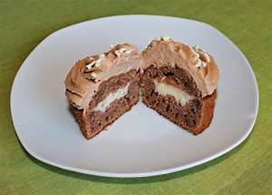 Cupcakes Mit Füllung : wunderbare fantasie schoko cupcakes mit vanille f llung ~ Watch28wear.com Haus und Dekorationen