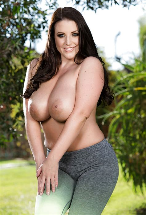 Smokin Hot Pornstar With Super Sexy Boobs Angela White