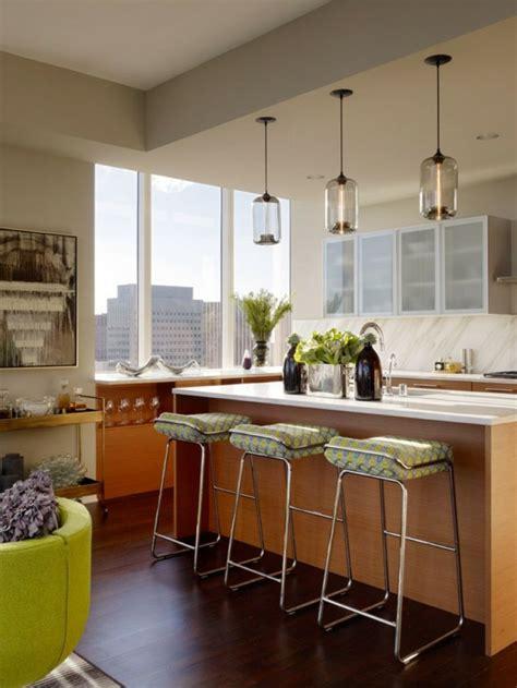 eclairage cuisine éclairage de cuisine 45 idées suspensions ou spots à choisir