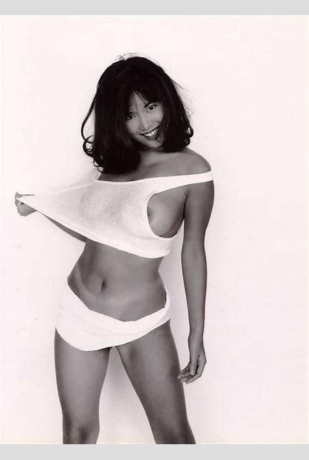 Asian Sirens · Nahoko Aizawa