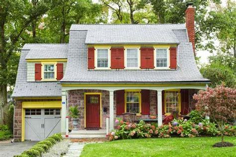 vintage farmhouse  dutch colonial