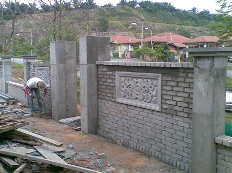 wall fence pictures brick wall fence design
