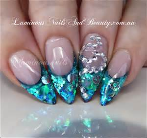 Nails paua shell effect blue green glitter nail art