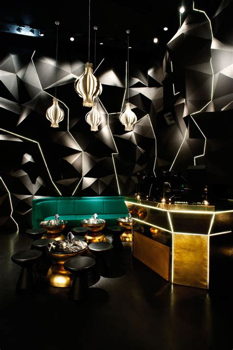 floor mirror hong kong tazmania ballroom by tom dixon studio hong kong 187 retail design blog