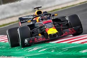 Red Bull Formule 1 : transport online renault trucks t vervoeren red bull naar formule 1 grand prix ~ New.letsfixerimages.club Revue des Voitures
