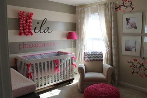 chambre de bébé fille photo chambre bébé fille en gris et 27 belles idées à