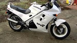 Honda Vfr 750 : honda vfr 750 1987 youtube ~ Farleysfitness.com Idées de Décoration