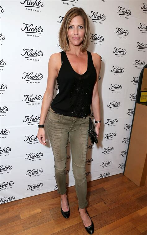 tricia helfer wallpapers images  pictures backgrounds