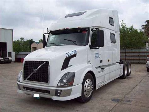 680 volvo truck image gallery 2007 volvo 780 truck