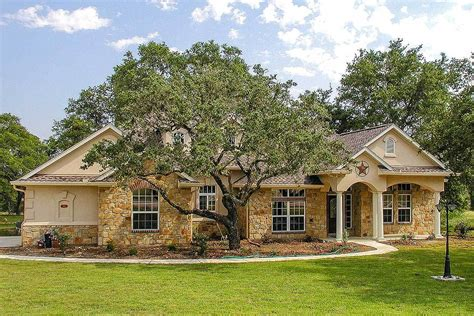 Lovely Hill Country Ranch Home