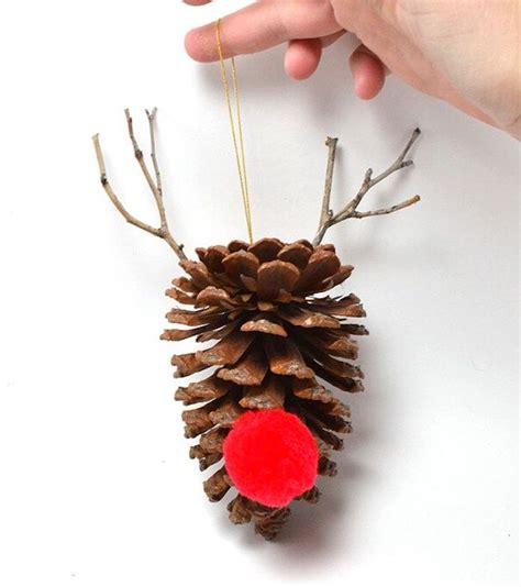 basteln mit tannenzapfen weihnachten basteln mit tannenzapfen zu weihnachten basteln