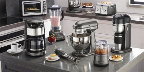 7 Must Have Gadgets Everyone Needs In His Kitchen