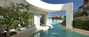 3 Bedroom Houses For Rent by Esmeralda Luxury Villas