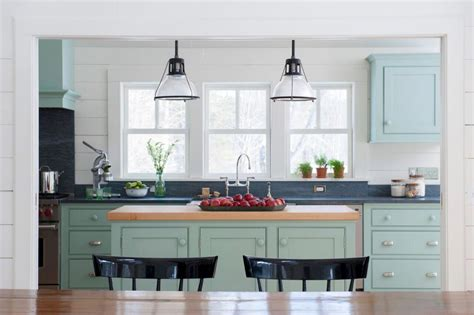 farmhouse style kitchen lighting kitchen island bar stools pictures ideas tips from 7167