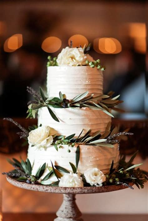 Gum Leaf Gum Nut Cake Wedding Pinterest Leaves And Cakes