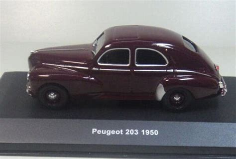 brown  scale solido diecast peugeot   model