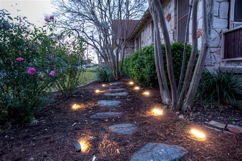 landscaping lights dekor enters the landscape lighting market with new radiance led landscape lights