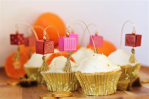 diy chinese paper lantern cupcake toppers orange cream