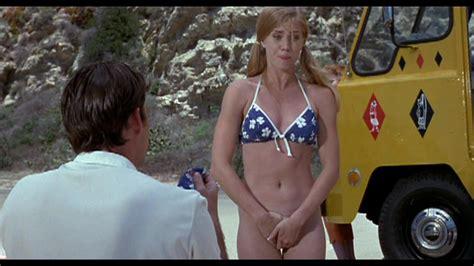 amy adams desnuda en psycho beach party
