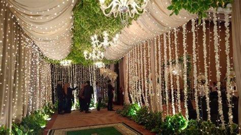 intip dekorasi resepsi pernikahan opick  bebi silvana