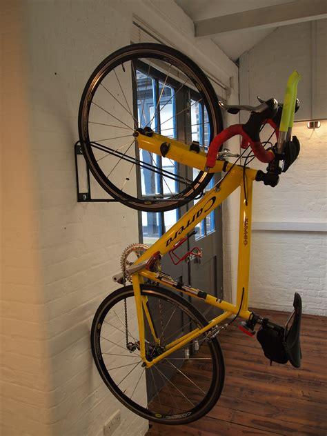 Fahrrad Aufhängen Senkrecht by Fahrradst 228 Nder Fahrradparker Fahrradunterst 228 Nde