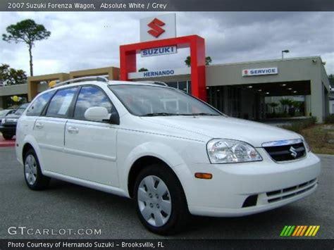 2007 Suzuki Forenza Wagon by Absolute White 2007 Suzuki Forenza Wagon Grey Interior