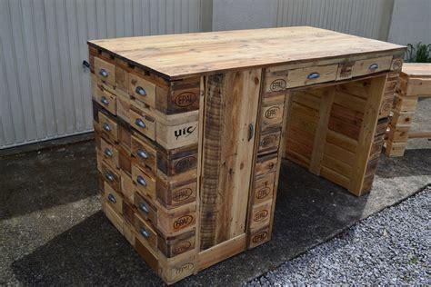 fabriquer bureau en palette bureau en bois de palette creation palette