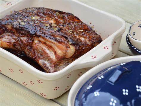 cuisiner poitrine de porc poitrine de porc la cocotte