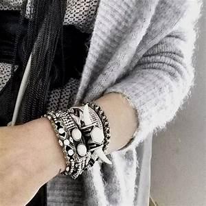 Tete De Buffle : bracelet manchette perles et t te de buffle hipanema taaora blog mode tendances looks ~ Teatrodelosmanantiales.com Idées de Décoration