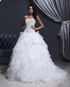 robe de mariã e pas cher grande taille robes de mariée pompous robe de mariée décoration de mariage