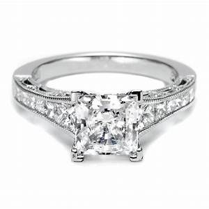 Sparkling collections of princess cut diamond wedding for Princess cut solitaire engagement ring with wedding band
