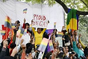 Gay rights activists take to streets in Delhi - | Photo6 ...
