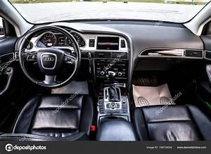 Audi Q5 Interieur : interieur van de audi a6 redactionele stockfoto artzzz 158734034 ~ Voncanada.com Idées de Décoration