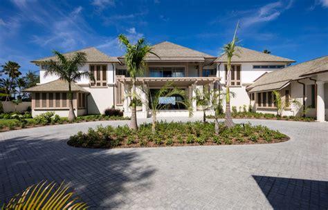 Godings Beach House-villa Godings Beach House Barbados