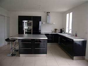 idee cuisine equipee meuble cuisine bois blanc cbel cuisines With idees cuisine equipee