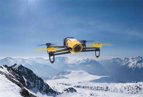 parrot bebop drone nuovo quadricottero  riprese aeree spettacolari macitynetit