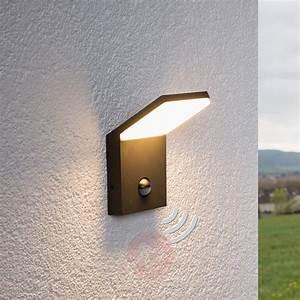 Lampe Exterieur Led Avec Detecteur De Mouvement : applique ext rieure led nevio d tecteur ~ Edinachiropracticcenter.com Idées de Décoration